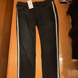 New men's Zara jeans with stripe on the side
